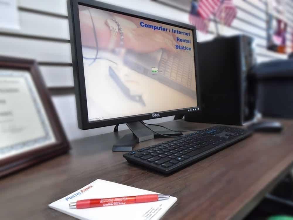 Computer Rental Station in PostalAnnex of Azusa